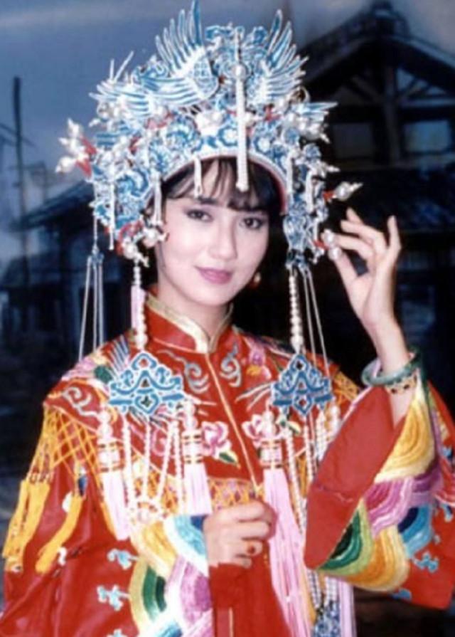 Hình ảnh Áo cưới truyền thống của Trung Quốc các thời kỳ 2
